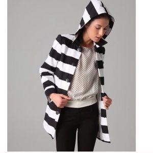 Alice + Olivia black/white A line jacket w/hood XS